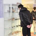 biogradski-srednjoskolci-zapanjeni-bogatstvom-grade-zavicajnog-muzeja-09